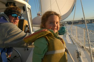 Sunny_morning_sail_to_long_island_sound